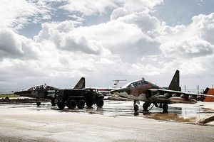 Khủng bố phóng 17 tên lửa vào căn cứ Khmeimim, Nga chỉ bắn hạ được 9 quả