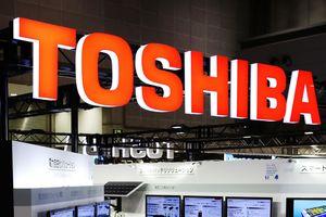 Đến lượt Toshiba tạm dừng hợp tác với Huawei