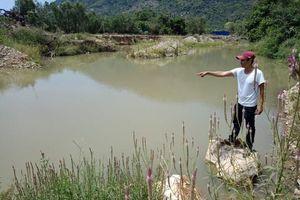 Tắm ở dòng suối bị khai thác cát trái phép, 1 học sinh tử vong