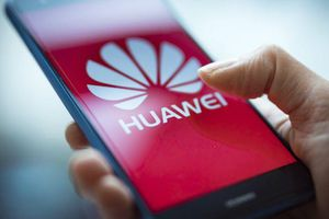 Hai công ty Nhật đồng loạt tuyên bố ngừng cung cấp link kiện cho Huawei