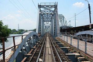 Cầu sắt Bình Lợi hơn trăm tuổi bắc qua sông Sài Gòn trước ngày tháo dỡ
