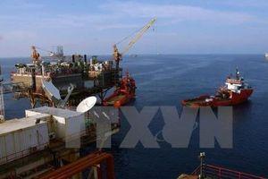 Giá dầu thế giới giảm 1 USD/thùng ngày 22/5