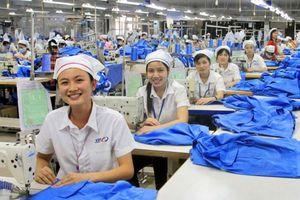 Chính sách ưu việt cho lao động nữ trong các doanh nghiệp dệt may Việt Nam