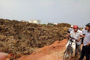 Vụ đổ hàng nghìn khối đất phong hóa lên ruộng dân ở Quảng Bình: Báo Tài nguyên & Môi trường phản ánh đúng thực tế