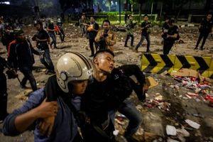Bạo động sau bầu cử ở Indonesia khiến 6 người thiệt mạng