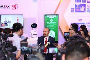Chủ tịch MISA Lữ Thành Long: Tự phát triển phần mềm, doanh nghiệp phải 'có đủ đam mê, sáng tạo và cả sự 'vật vã' để tạo ra sản phẩm tốt'!