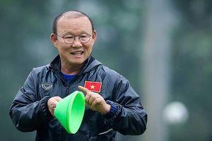 Thầy Park '3 không' ở King's Cup