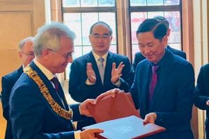 TP.HCM- Frankfurt ký kết ghi nhớ về Hữu nghị và Hợp tác