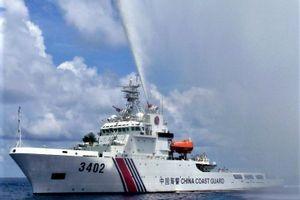 Bắc Kinh nổi đóa vì Mỹ thúc đẩy đạo luật xử phạt TQ ở Biển Đông