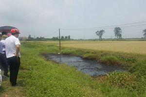 Mương nước chất thải độc hải ở Hải Phòng: Cận cảnh những hố nước đen xì