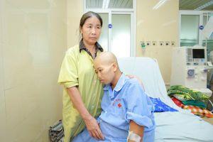 Những mẹ Việt ung thư quyết sinh con bất chấp tính mạng