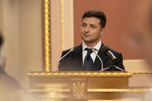 Tân TT Ukraine Zelensky muốn loại bỏ khí tài Liên Xô cũ ra khỏi quân đội