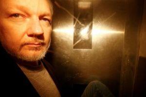 Julian Assange bị Mỹ buộc tội gián điệp