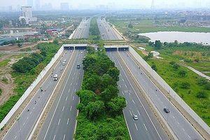 Hà Nội đẩy mạnh công tác bảo vệ hành lang an toàn đường bộ