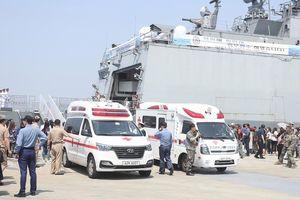 Tàu khu trục Hàn Quốc gặp nạn, 5 lính hải quân thương vong