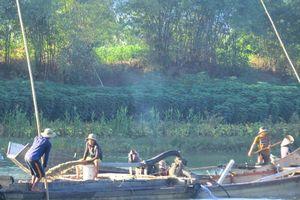 Thừa Thiên Huế: Doanh nghiệp 'rút ruột' sông Bồ quá mức chính thức bị xử phạt 1,6 tỷ đồng
