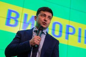 Tỷ lệ ủng hộ tân Tổng thống Ukraine tăng vọt trước thềm bầu cử sớm