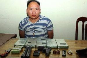 Đối tượng mang súng K59 chở thuê 10 bánh heroin lấy 50 triệu đồng 'sa lưới'