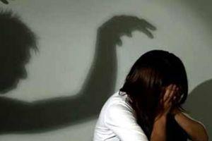 Mẹ bé gái nghi bị hiếp dâm khi chụp X-quang: 'Con vẫn hoảng loạn'