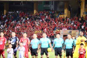 CĐV Hải Phòng 'chơi chất' nói không với pháo sáng, Viettel thắng 2-0