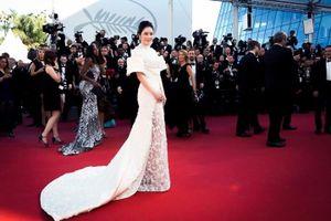 Người đẹp Việt dự Cannes: Thanh lịch vẫn hơn 'táo bạo'