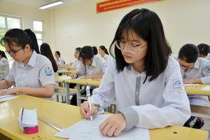 Học sinh Hà Nội bắt đầu chinh phục kì thi vào lớp 10