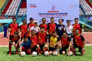 Báo Thanh Niên thắng đậm trận đầu giải bóng đá báo chí toàn quốc 2019