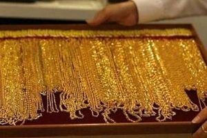 Giá vàng trên thị trường thế giới tuần qua tăng khoảng 0,5%
