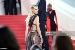 Xuất hiện nhân vật hở bạo sau Ngọc Trinh trên thảm đỏ Cannes 2019 ngày 11