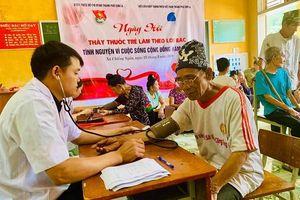 Sơn La phát động Hành trình Thầy thuốc trẻ làm theo lời Bác