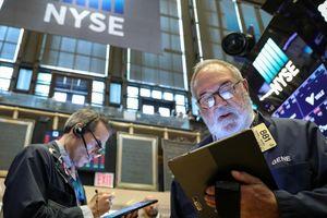 Dow Jones giảm tuần thứ 5 liên tiếp vì Mỹ-Trung căng thẳng