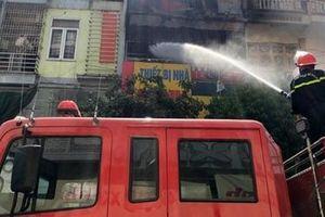 Cửa hàng gas phát hỏa, nhiều người hoảng loạn