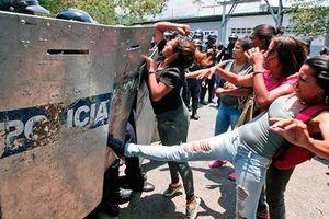 Bạo loạn trong nhà tù Venezuela làm 29 người thiệt mạng