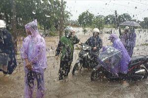 Mưa lớn tại Móng Cái gây lũ trên sông Ka Long, 1 người mất tích