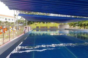 Khánh Hòa: Hồ bơi đầu tiên trong trường học ở Nha Trang dạy bơi dịp hè