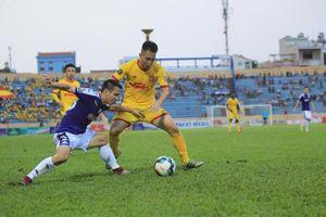 Vòng 11 V-League: Hà Nội thua đau, HAGL đứt mạch bất bại