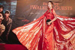 Top 7 mỹ nhân mặc xấu tuần qua: Vợ Lý Hải 'làm lố' với trang phục như 'bà hoàng'