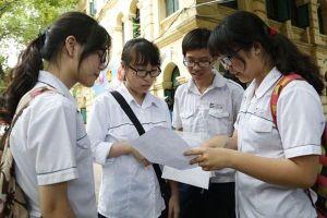 Tuyển sinh lớp 10 tại Hà Nội: Hàng ngàn học sinh thi môn đầu tiên