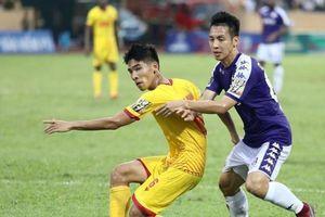 Vòng 11 V-League: CLB TPHCM xây chắc ngôi đâu, Hà Nội tiếp tục bại trận