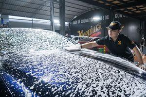 Gara rửa ôtô siêu sạch, mỗi ngày chỉ nhận 5 xe sang