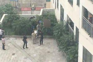 Phát hiện thi thể người đàn ông ở Trung tâm thương mại Mipec Long Biên