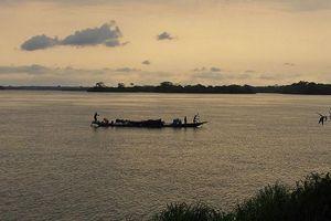 Lật thuyền ở Congo, ít nhất 30 người chết, 200 người mất tích