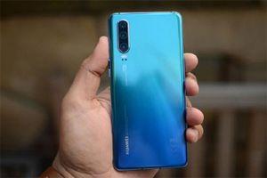 Giữa 'tâm bão' căng thẳng, giá điện thoại Huawei P30 đã qua sử dụng 'mất giá' tới 90%