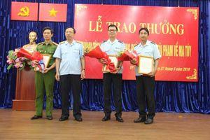 Khen thưởng các lực lượng bắt giữ 500 kg ketamine