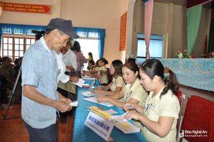 5 địa phương ở Nghệ An triển khai chi trả trợ cấp người có công qua hệ thống bưu điện