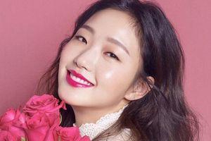 Cứ chê nữ chính đóng cùng Lee Min Ho nhưng cô nàng diện đồ đẹp 'ăn đứt' nhiều idol khác