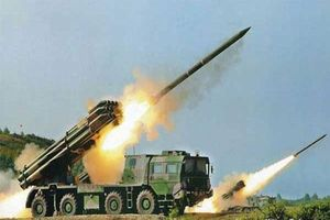 Pháo phản lực Trung Quốc bắn xa 150km với độ chính xác 100%