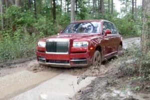 Không chỉ là xe siêu sang, Rolls-Royce Cullinan còn là 'tay chơi' trong làng Off-road thế giới