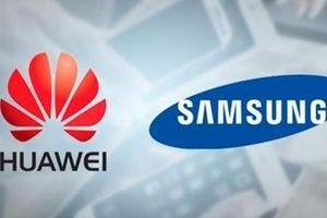 Samsung tung chiêu đổi điện thoại dìm hàng Huawei