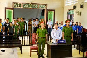 Đối tượng mua súng về Việt Nam khủng bố lĩnh 6 năm tù